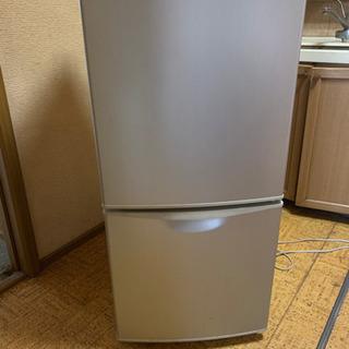冷蔵庫   の画像