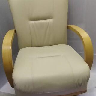 ニトリ キャスター付き回転座椅子 ② OS DY B-124 2...
