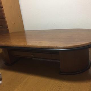 高級感のあるテーブル