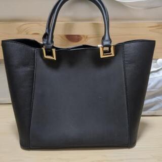 アーバンリサーチ 黒ハンドバッグ
