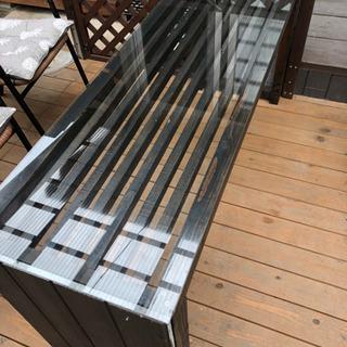 テラスウッドデッキリゾート風ガラステーブル