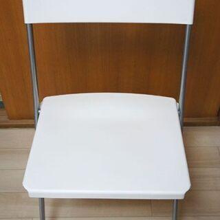 IKEA 折りたたみ椅子(白)3脚+(1脚)