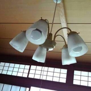 KOIZUMI(コイズミ)シーリング 中古シャンデリアタイプ照明器具