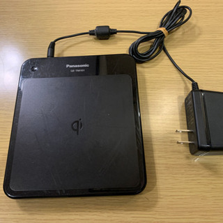 パナソニック Qi無接点充電パッド QE-TM101