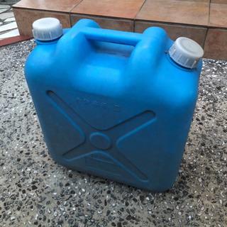 灯油缶の画像