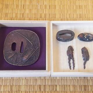 刀の鍔や付属品