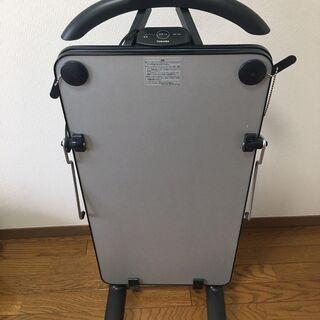 東芝 ズボンプレッサー HIP-T36 2016年製
