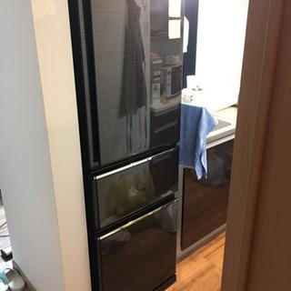 1年間のみ使用しました。三菱冷蔵庫 三枚ドア 自動製氷機内蔵 M...