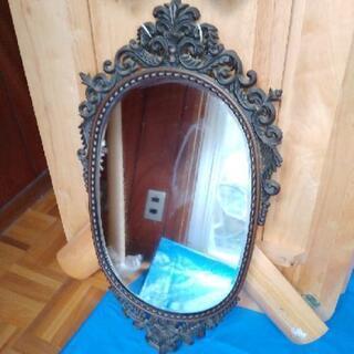素敵でおしゃれな鏡★壁掛け鏡にピッタリです‼️