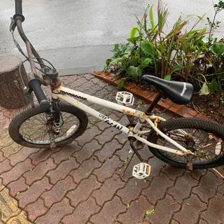 サビ有り 白自転車