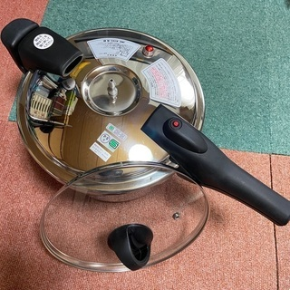 お値下げ‼️アルティアーノの圧力鍋(6リットル)未使用