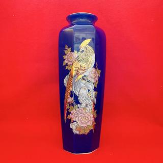 孔雀と牡丹の花瓶 壺