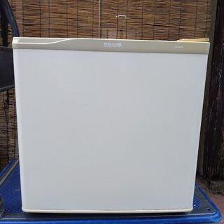 小型冷蔵庫(アメリカ PHILCO社製 FR-450W)