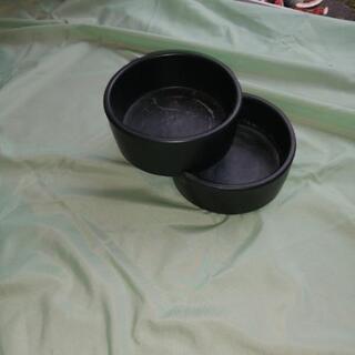 黒の2段式花器