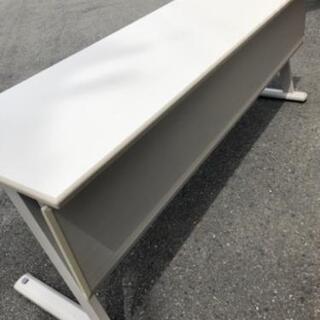 折り畳める会議机