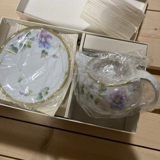 HOYA ティーセット チャイナボーン 花柄の画像