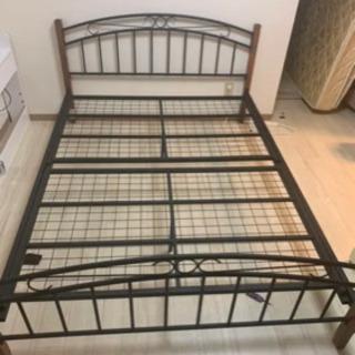 ダブル ベッド フレーム