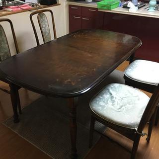 伸縮可能ダイニングテーブル+椅子4脚 − 京都府