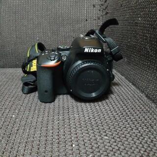 Nikon(ニコン)一眼レフカメラ(ダブルズームキット)
