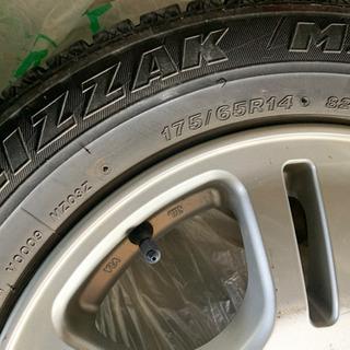 スタッドレスタイヤ プリザック 175/65R14 4本まとめて