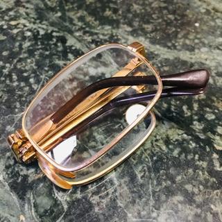 折りたたみ老眼鏡