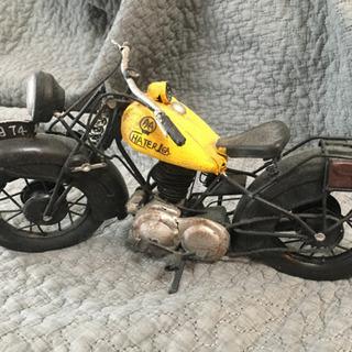 バイク アンティークの置物