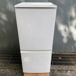シャープ 138L 2ドア冷凍冷蔵庫 2017年製