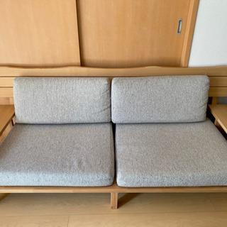 中古 木製 三人掛けソファ