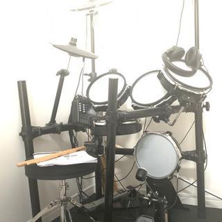 新品、未使用 6万円〜8万円ほどの電子ドラム
