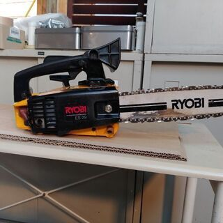 RYOBIエンジンチェンソーメーカー品です。