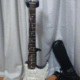 エレキギター ピックガード型ギター