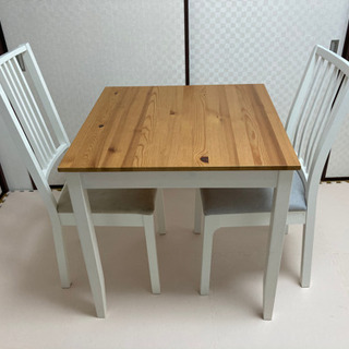 IKEAダイニングテーブル・チェア2脚セット【引き取り日指定あり】