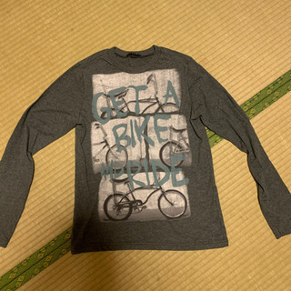 ベネトングループ 長袖Tシャツ 子供 160センチくらい