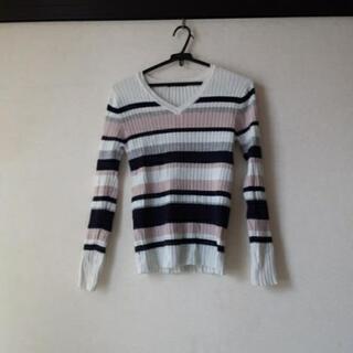 INGNIの薄手のセーター