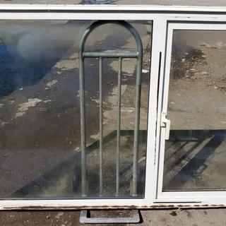 滑り出し窓 窓枠 サッシ 光取り込み プレハブ 住宅