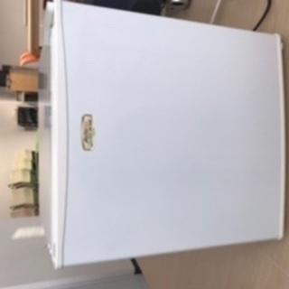 2009年製幅45*奥行き45 *高さ50冷蔵庫