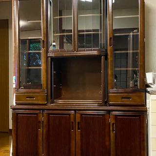 差し上げます。ジャンク品 食器棚、リビングボード