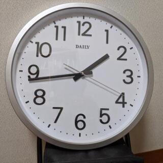 お譲り先決まりました。無料でお譲りします。リズム 壁掛け時計 あ...