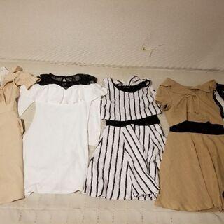 お洋服譲ります・:*+.(( °ω° ))/.:+