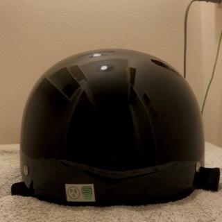 【ネット決済・配送可】ヘルメット