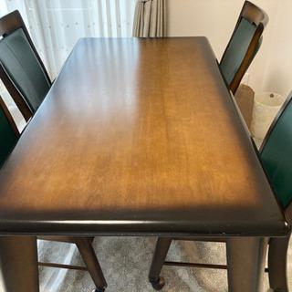 《受け取り予定者様決定しました》ダイニングテーブル イス4脚セット 無料!の画像