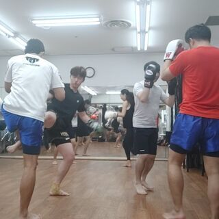 海外の方、多数参加中 International kickbox...
