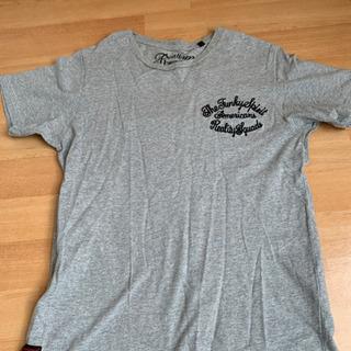 グレー Tシャツ