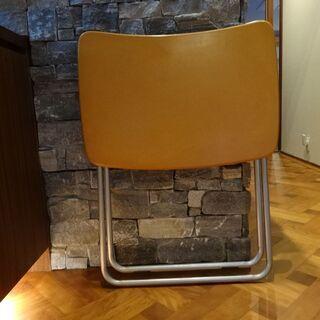 木製折り畳みテーブル