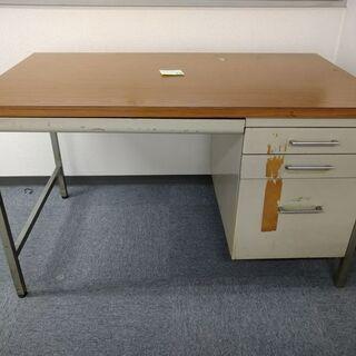 【急募】机を無料で差し上げます。