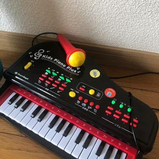 ウクレレ/ピアノおもちゃ