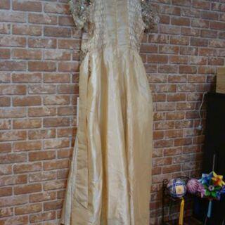 (物々交換可) オバちゃんがカラオケお披露目で使用したドレス#5 - 売ります・あげます