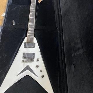【MEGADETH】ヘッド割れ、ボディ欠け変形ギター