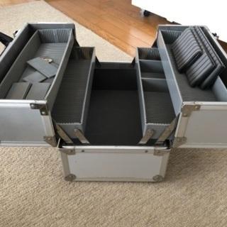 アルミ製多用途収納ボックス