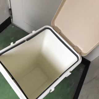 蓋付ゴミ箱 45リットル 密閉型 おしゃれ 取手付き - 生活雑貨